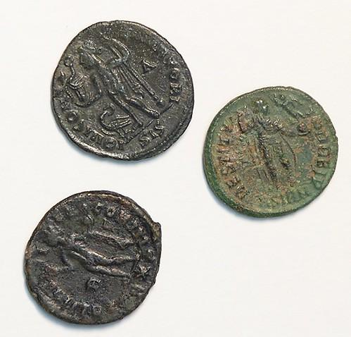 tri rimska novcica, snimio nogafilologa