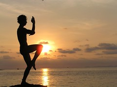Yoga Sun or Martial Arts? (Eric Lon) Tags: voyage travel sunset beach beauty yoga health voyager kohchang aventure yogas tarutao ericlon