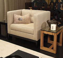 KELLY HOPPEN (G A I L E) Tags: linen contemporary armchair residential luxury interiordesign styling londonluxury kelyyhoppen