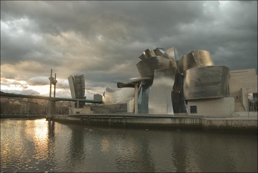 Photo du Pays Basque n°1. Le musée Guggenheim à Bilbao