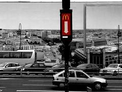 M (stoha) Tags: berlin strasse mcdonalds charlottenburg cheesburger berlino hardenbergstrasse guessedberlin stoha gwbfrankinho