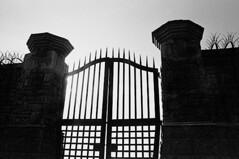 gates 28
