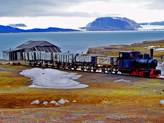 Locomotive - Ny Alesund (- Kadalodi -) Tags: norway glacier svalbard arctic spitsbergen northpole nyalesund