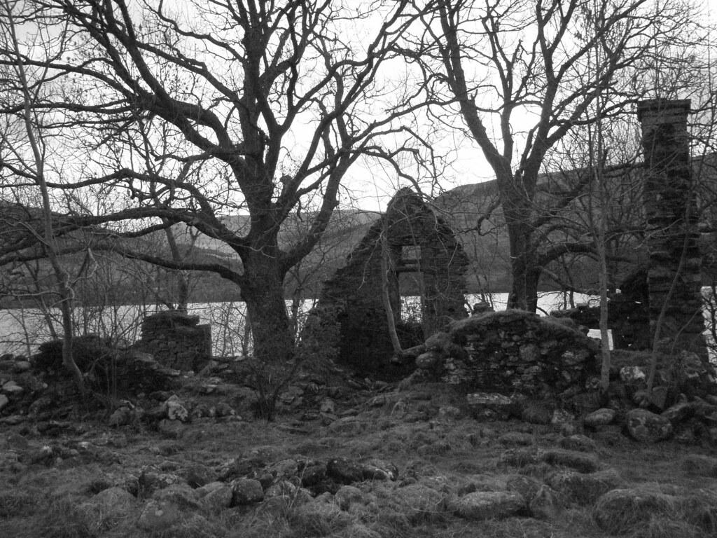 Lawers Church ruins