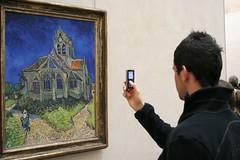 2005_1025_134404AA Van Gogh inspireert ook jonge mensen (Hans Ollermann) Tags: art museum louvre paintings highlights gogh vangogh paris2005