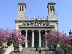 Saint-Vincent-de-Paul - Paris (France) (Meteorry) Tags: paris france church stairs fleurs spring europe blossom tourists printemps eglise fayette 2007 stvincentdepaul ruelafayette liszt meteorry saintvincentdepaul placefranzliszt squarearistidecavaillecoll cavaillecoll