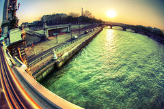 Hazy Sunset, Paris (The Other Martin Tenbones) Tags: bridge sunset paris france green water seine river 7 fisheye hdr alexandre3