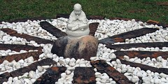 Buddha at Center - Matutu - 2006