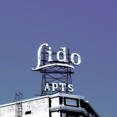 Lido apartments, Hollywood. (Eleventh Earl of Mar) Tags: california usa photoshop apartments olympus hollywood april lido 2007 evolt jiggerypokery e500