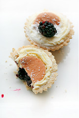 blackberry tarts (lorissa) Tags: food redplum