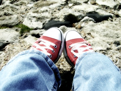 (angiebaby1622) Tags: red beach rocks trainers converse seafront southend