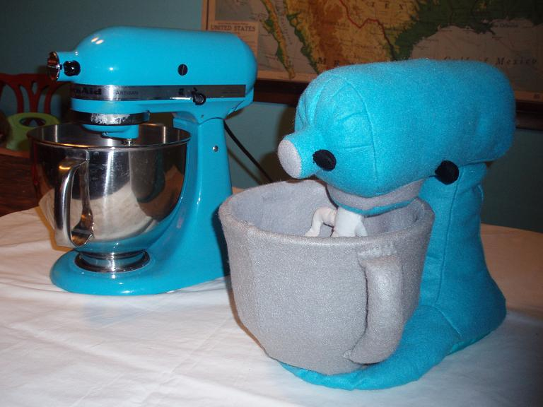 I Love My Turquoise Blue KitchenAid Stand Mixer So It Was An Obvious Choice  For Me To Recreate It In Felt! I Found Turquoise Felt That Was A  Surprisingly ...