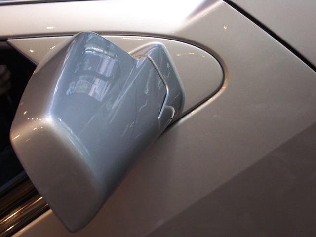 cadillac srx motorshow carmirror mirror rearviewmirror closeup