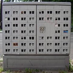 EVOL's utopia (Antonia Schulz) Tags: urban streetart berlin calle stencil box paste ciudad plattenbau electricity urbana strom evol affiche courant stromkasten ctink criteau