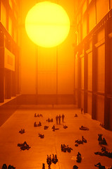 """London - Tate Modern, Olafur Eliasson's """"The Weather Project"""" (0021) (Bill in DC) Tags: 2003 uk london art tatemodern museums eos10d eliasson olafureliasson theweatherproject"""