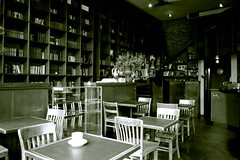 Bauhaus Cafe 3, Seattle, June 2005 (artandscience) Tags: bauhaus seattle trix canonfd push wideangle