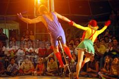 Kolosko (Jaqueline Maia) Tags: circo em 2004 palhaos kolosko