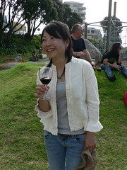 Day 22 Aya Ochi at exhibition opening (te_kupenga) Tags: social 2006 exhibition opening day22 kupenga ayaochi gen06