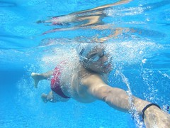 P1010091 (Raul Wong Roa) Tags: pool underwater rockwell raulwongroa
