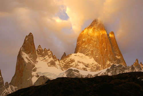 Fitz Roy Sunrise -- argentina patagonia mountains landscape south america park parque nacional national los southamerica