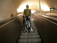 Escadas rolantes no Metro Lx