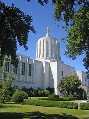 Oregon State Capitol in Salem