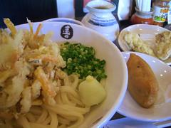 五色野菜の特大かき揚げぶっかけうどん@喜三郎