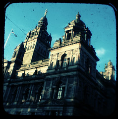 """george square • <a style=""""font-size:0.8em;"""" href=""""http://www.flickr.com/photos/53627666@N00/410610107/"""" target=""""_blank"""">View on Flickr</a>"""