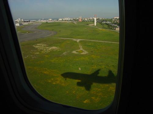 Landing [01]