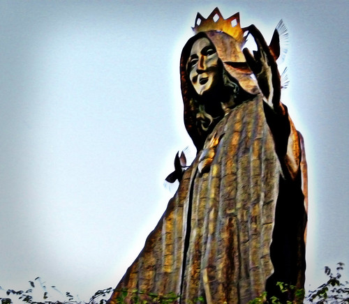 Flickr: uckhet - EDSA shrine