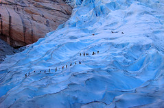 Glaciar de Briksdalsbreen (elosoenpersona) Tags: snow ice norway europe noruega glaciar jostedalsbreen briksdalbreen 10faves 25faves abigfave aplusphoto diamondclassphotographer amazingamateur elosoenpersona