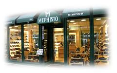 ... les chaussures de cette boutique Mephisto