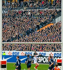 eyes (coolmonfrere) Tags: 6 france de scotland goal eyes transformation kick rugby crowd des yeux stade nations regards ecosse tournoi spectateurs