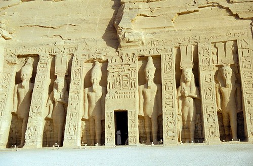 1998 09 Tempel van Nefertari, Abu Simbel por Hans Ollermann.