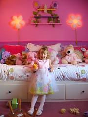 Barbie Dream Room (Harpo42) Tags: pink flower girl child room