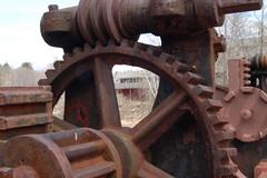 DSC_0264 (edat87bartonstreet) Tags: machine rusted cogs gears collinsvillect photographyfieldclass