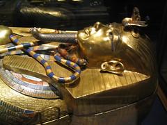 The Egyptian Musem - Tutankahmen (Simon Job) Tags: 2003 egypt tutankhamun egyptianmuseum carrottopadventure