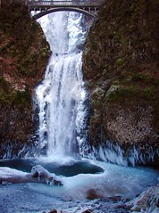 Multnomah Falls Lower Pool (Gigapic) Tags: usa ice oregon unitedstates multnomahfalls interestingness94 challengeyouwinner impressedbeauty superhearts