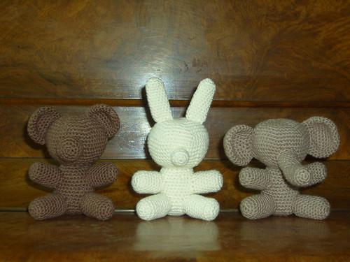 Revelry: nalake's Cal Bunny Dude 121 Rabbit dude crochet pattern ... | 375x500