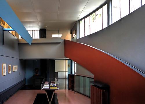 Villa La Roche-Jeanneret by Le Corbusier