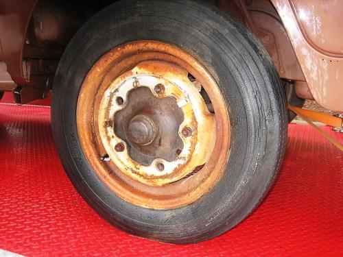 VW Bus Wheel