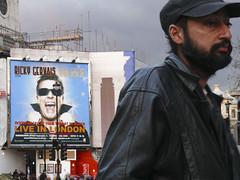 He lives in London (petit1ze) Tags: life man adam london trafalgar hayat lonesome yalnzlk 1on1peoplephotooftheday fotorafkraathanesi 1on1peoplephotoofthedaymar2007