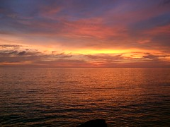 sunset at Tanah Lot, Bali (der Willy) Tags: sunset bali indonesia tanahlot