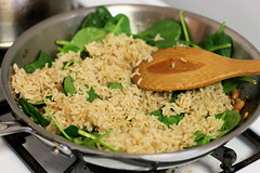 Wilting Spinach with Hot Rice