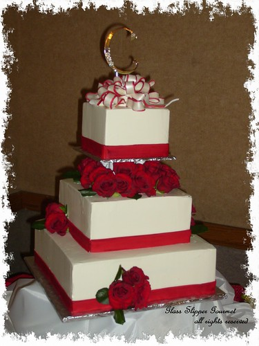 white wedding cakes with red roses. White Cake with Red. Wedding