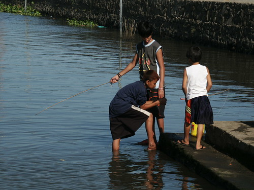 friends fishing laguna bay rural boys Pinoy Filipino Pilipino Buhay  people pictures photos life Philippinen  菲律宾  菲律賓  필리핀(공화국) Philippines