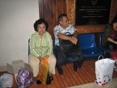 The Siswamartanas 04 (Photo Blog 0001) Tags: airport ibu jepang bapak siswamartana 20070401