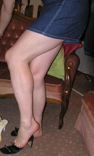 why guys like girls feet