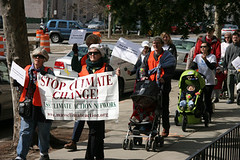 Strolling for Climate Action