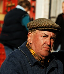 Retired Fisherman (pedrosimoes7) Tags: portrait portugal fisherman elderly sesimbra retiree 1on1peoplephotooftheday superbmasterpiece 1on1peoplephotoofthedayapril2007